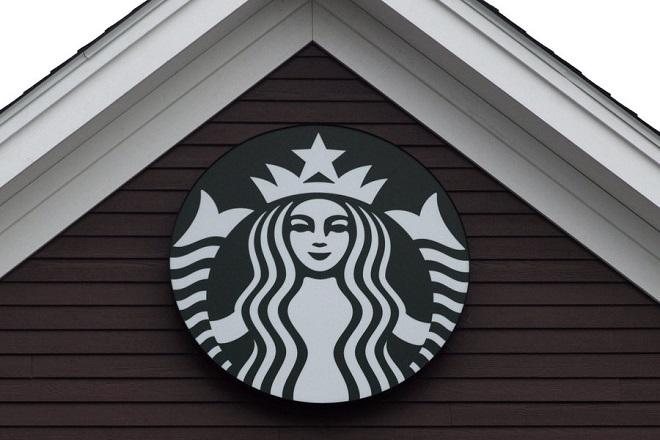 Starbucks: Οι οικονομικές συνέπειες του κορωνοϊού θα διατηρηθούν μέχρι το τελευταίο τρίμηνο του 2020
