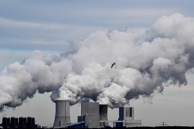 Χειρότερος μήνας των έξι τελευταίων ετών ο Μάρτιος για τα εργοστάσια της ευρωζώνης