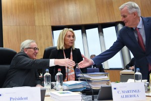 epa07331080 European Commission President Jean-Claude Juncker (L) and EU Brexit European Commission's Chief Negotiator Michel Barnier attend the weekly college meeting of the European Commission in Brussels, Belgium, 30 January 2019.  EPA/STEPHANIE LECOCQ