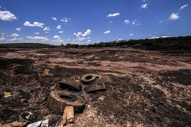 Over 300 rescuers resume the search of victims after dam burst in Brumadinho