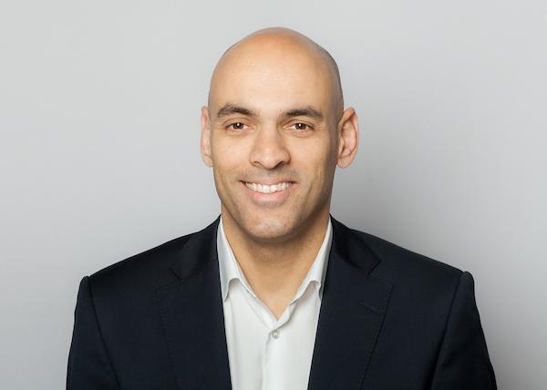 Δημήτρης Καρέλος, Γενικός Διευθυντής της εταιρείας στην Ελλάδα.