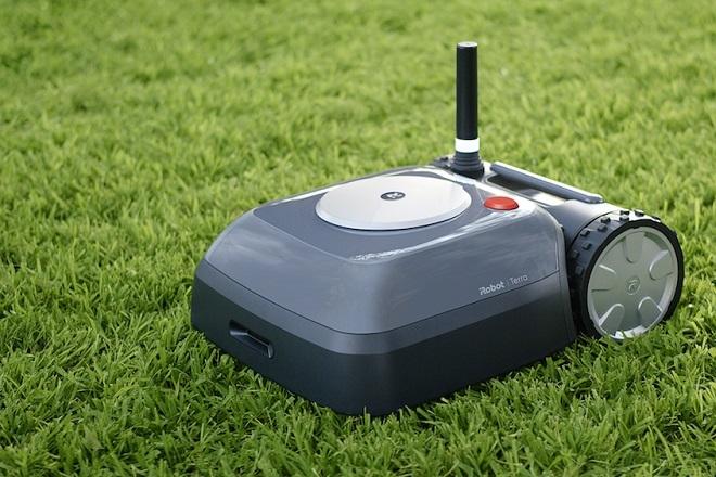 iRobot-Terra-robot-lawnmower