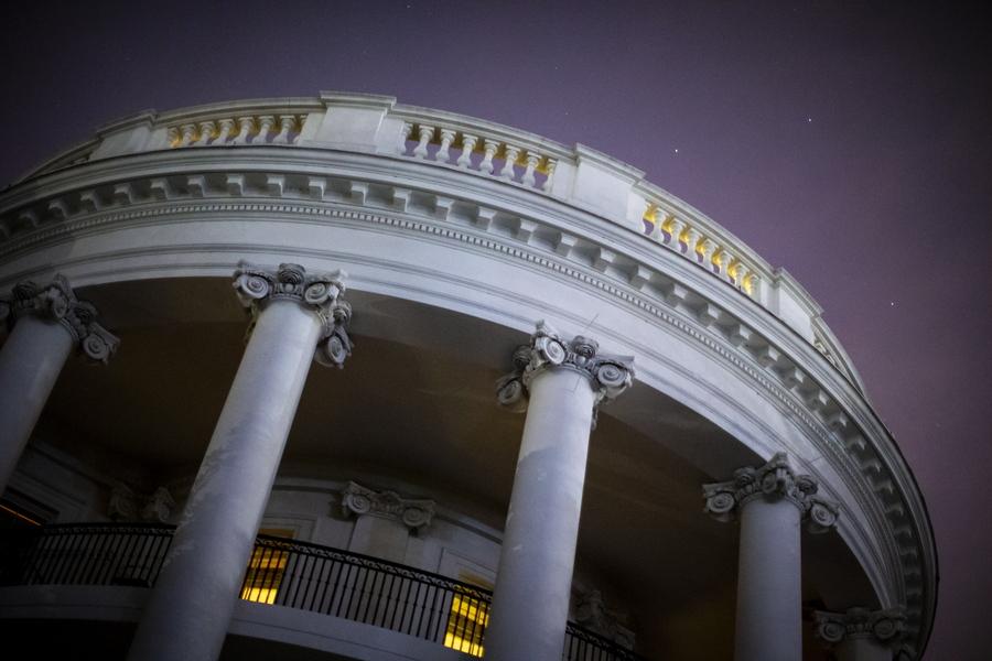 Ο Λευκός Οίκος απαγόρευσε σε ανώτατο διπλωμάτη να καταθέσει στο Κογκρέσο για την ουκρανική υπόθεση