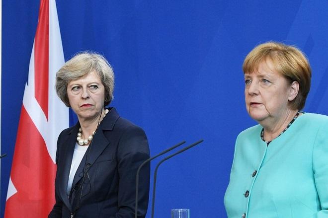 Μέρκελ: Υπάρχει ακόμη χρόνος για να βρεθεί λύση για το Brexit – Το backstop καθυστερεί τις συνομιλίες