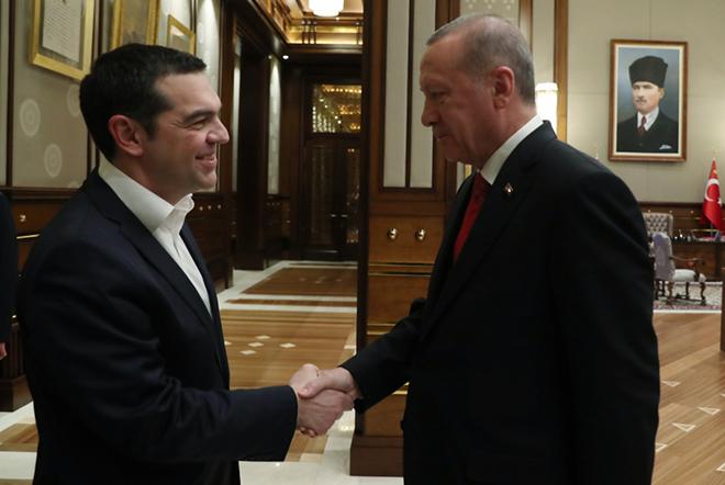 Πώς σχολίασε ο τουρκικός Τύπος τη συνάντηση Τσίπρα – Ερντογάν