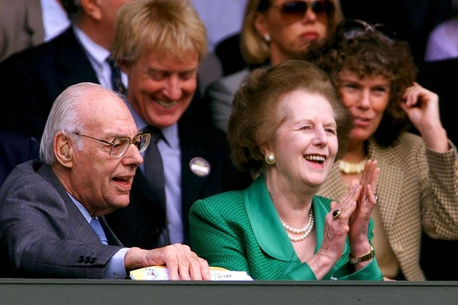 epa03654051 (FILE) A file photo dated 08 July 2000 shows Baroness Thatcher (R) and her husband Dennis (L) watching the start of the Women's Singles final match at the Wimbledon 2000 tennis tournament between US player Venus Williams and her compatriot Lindsay Davenport, in Wimbledon, Britain. Former British prime minister Margaret Thatcher died early 08 April 2013 at the age of 87 following a stroke, her spokesman Lord Bell said. Thatcher was Leader of the Conservative Party from 1975 to 1990. Margaret Thatcher was Britain's first female prime minister and served three consecutive terms in office from 1979 to 1990. She was one of the dominant political figures of the 20th century in Britain. Margaret Thatcher held a life peerage as Baroness Thatcher, of Kesteven in the County of Lincolnshire, which entitles her to sit in the House of Lords.  EPA/YURI KADOBNOV