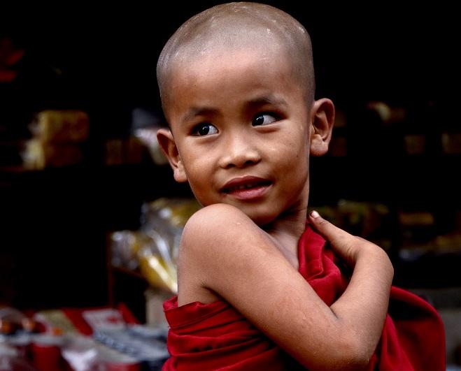 Μαθητευόμενος βουδιστής μοναχός, Kakku, Myanmar. © Charalambos Vlachopoulos