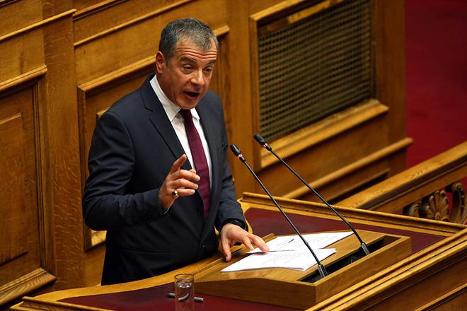 Σταύρος Θεοδωράκης: «Αποχαιρετώ τη Βουλή πολιτικά ηττημένος, ανθρώπινα θλιμμένος, αλλά τελικά υπερήφανος για την προσφορά του Ποταμιού»
