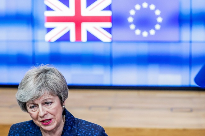Κατέθεσε το νομοθετικό διάταγμα για την αλλαγή ημερομηνίας του Brexit η Τερέζα Μέι