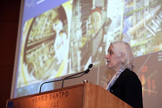 """Η πρόεδρος του Συμβουλίου του CERN, Dr Ursula Bassler μιλάει σε μία συνάντηση με την επιστημονική κοινότητα Έρευνας & Καινοτομίας, στο Εθνικό Κέντρο Έρευνας Φυσικών Επιστημών """"Δημόκριτος"""", Αθήνα, Δευτέρα 11 Φεβρουαρίου 2019.   ΑΠΕ-ΜΠΕ/ΑΠΕ-ΜΠΕ/ΣΥΜΕΛΑ ΠΑΝΤΖΑΡΤΖΗ"""