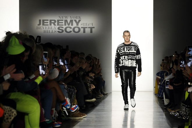 epa07354245 Fashion designer Jeremy Scott walks down the runway at the conclusion of his Jeremy Scott show during New York Fashion Week in New York, New York, USA, 08 February 2019. New York Fashion Week for designer's autumn and winter lines is being held from 06 to 13 February 2019.  EPA/JASON SZENES