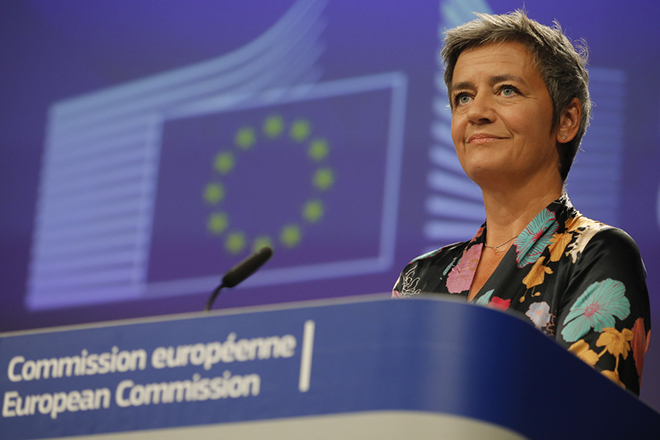 epa06823585 EU Commissioner for Competition, Danish, Margrethe Vestager gives a press conference, on Luxembourg state aid to French energy giant Engie, in Brussels, Belgium, 20 June 2018. Luxembourg will have to recover about 120 million Euros in unpaid tax from Engie. European Commission found the Luxembourg  guilty of breaching strict state aid rules.  EPA/OLIVIER HOSLET