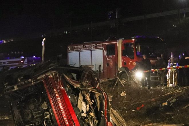 Σκόπια: Στους 14 οι νεκροί από την ανατροπή λεωφορείου – Διήμερο εθνικό πένθος για τη χώρα