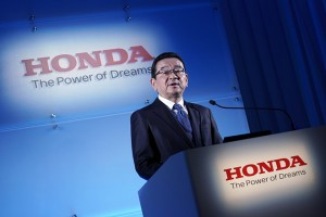 epa07379996 Honda Motors President and CEO Takahiro Hachigo speaks during a press conference at the carmaker headquarters in Tokyo, Japan, 19 February 2019. Hachigo announced the company's global automobile manufacturing restructure which includes the closing of its Swindon plant in Britain in 2021.  EPA/FRANCK ROBICHON