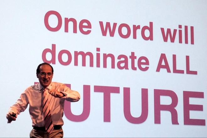 Patrick Dixon: Φέρνει το μέλλον στη σκηνή του ReTech Innovation Challenge!