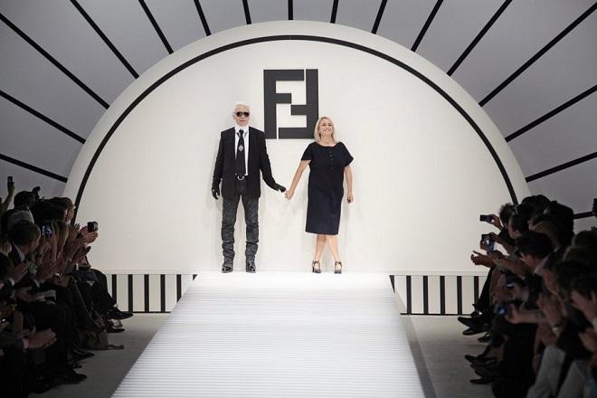 Ποιος θα διαδεχτεί τον Λάγκερφελντ στον οίκο μόδας Fendi;