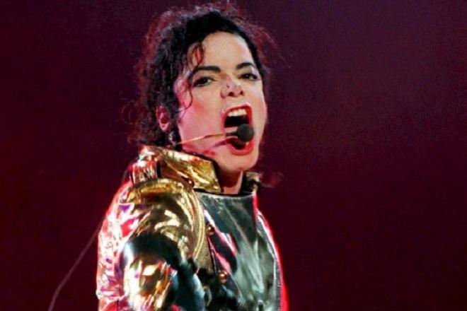 Το ντοκιμαντέρ για τον Μάικλ Τζάκσον έχει ήδη συνέπειες στη μουσική του