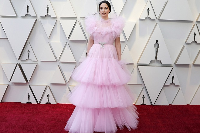 epa07394488 Kacey Musgraves arrives for the 91st annual Academy Awards ceremony at the Dolby Theatre in Hollywood, California, USA, 24 February 2019. The Oscars are presented for outstanding individual or collective efforts in 24 categories in filmmaking.  EPA/ETIENNE LAURENT
