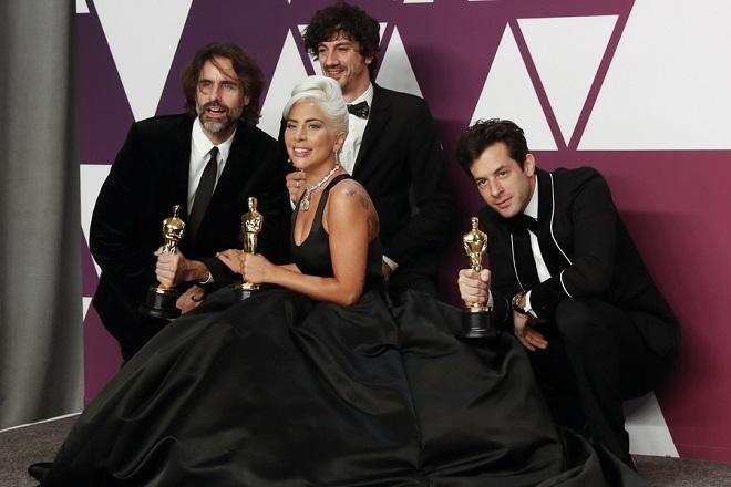 Η Lady Gaga φέρνει πάνω από 100 καλλιτέχνες και celebrities στην ιστορική συναυλία «One World: Together at Home»
