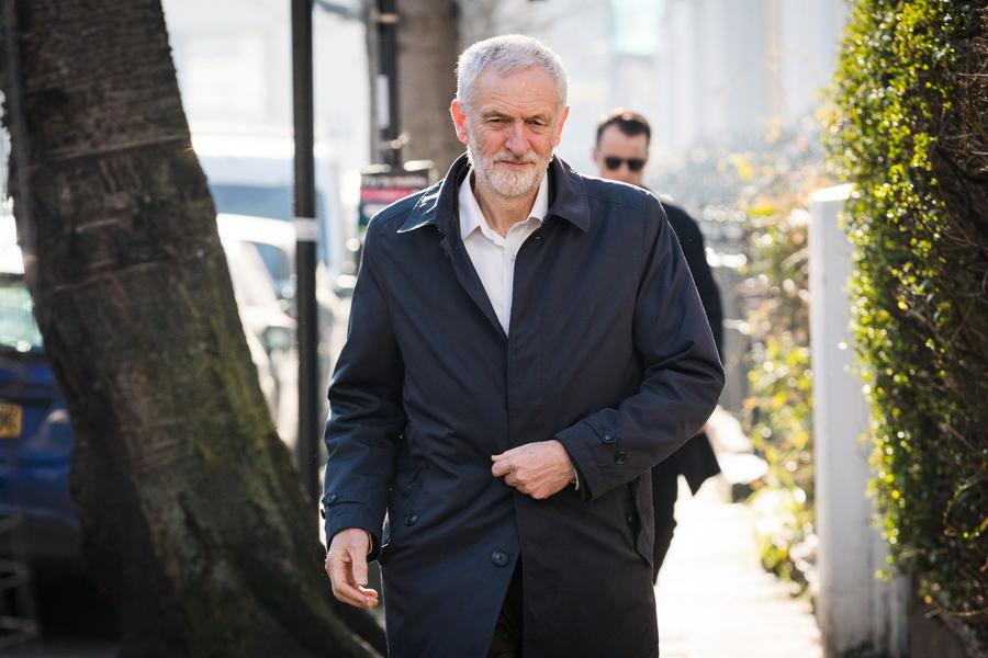 Δεύτερο δημοψήφισμα για Brexit ζητούν οι Εργατικοί
