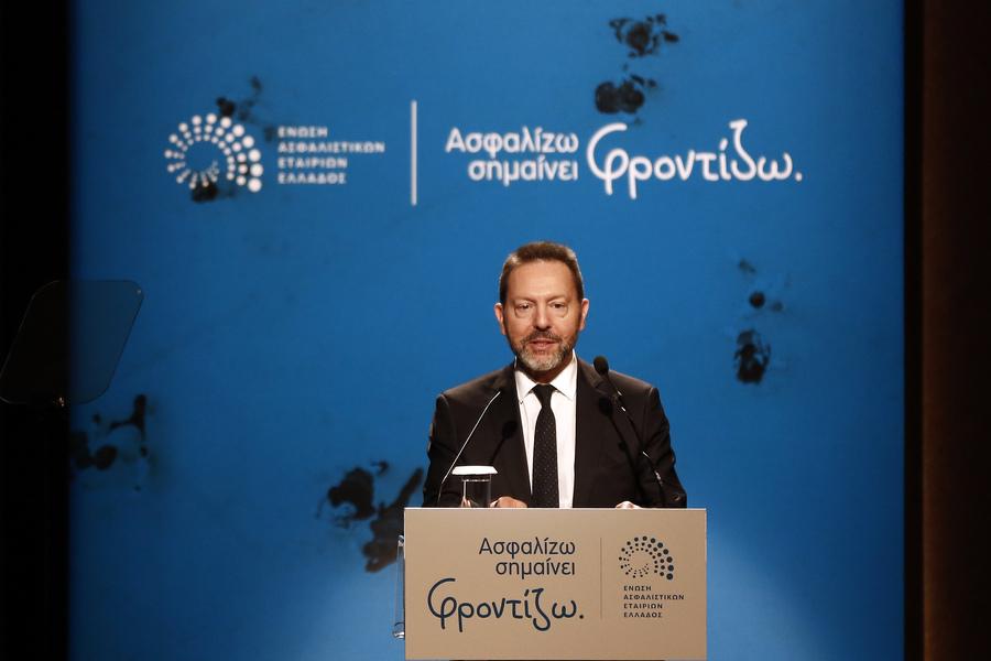 Στουρνάρας: Το κράτος δεν μπορεί να διατηρεί το μονοπώλιο των συντάξεων
