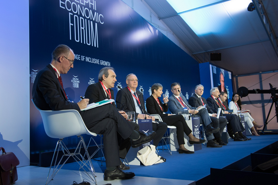 Στελέχη EBRD στο Delphi Forum: Οι προϋποθέσεις για να πετύχει η Ελλάδα υψηλότερους ρυθμούς ανάπτυξης