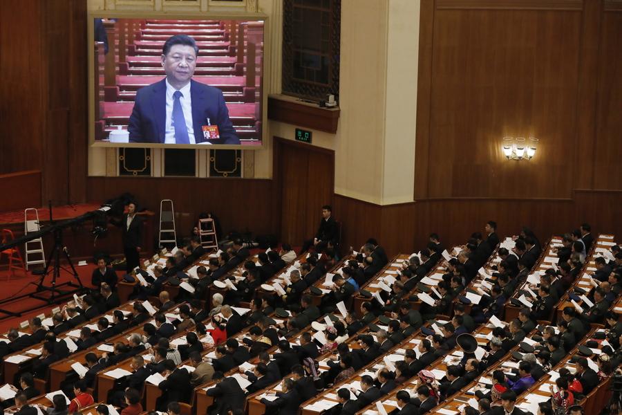 Ιστορική απόφαση της Κίνας: Σπάει το κρατικό μονοπώλιο σε μια σειρά από τεράστιας σημασίας κλάδους