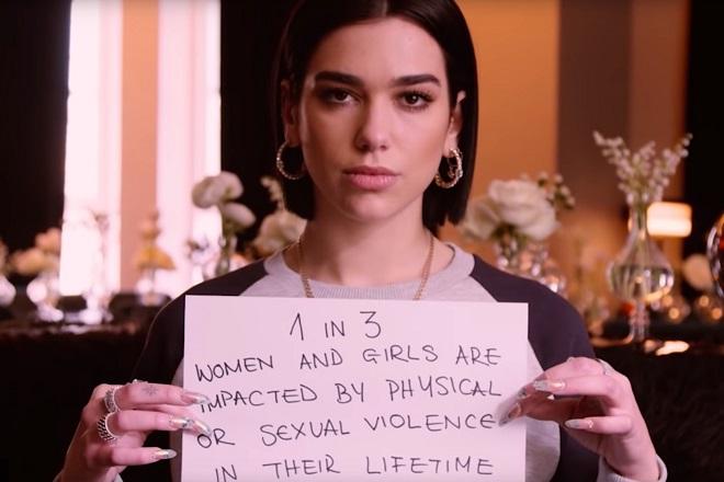 Οι σταρ της μουσικής σκηνής σε ένα βίντεο της Apple για την Παγκόσμια Ημέρα της Γυναίκας