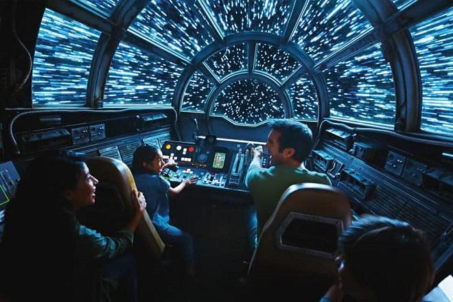 Tο πρώτο θεματικό πάρκο Star Wars είναι γεγονός και ανοίγει σύντομα τις πόρτες του (Βίντεο)