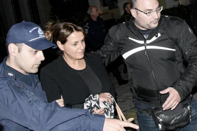 Αποφυλακίζεται με όρους η σύζυγος του Γιάννου Παπαντωνίου, Σταυρούλα Κουράκου
