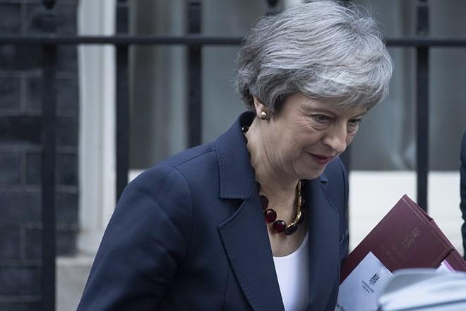 Αναβολή του Brexit και διευκρινίσεις για τη διαδικασία αναμένεται να ζητήσει η Βρετανία από την ΕΕ
