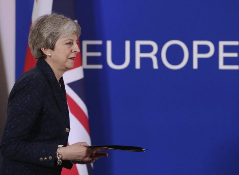 Δύο σενάρια παράτασης του Brexit ενέκρινε το Ευρωπαϊκό Συμβούλιο