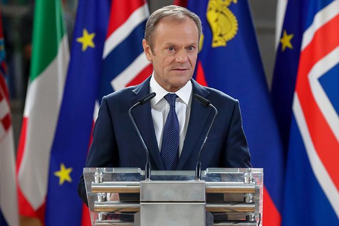 Διαλλακτικός Τουσκ για Brexit: Αφήνει ανοιχτό το ενδεχόμενο μακράς παράτασης