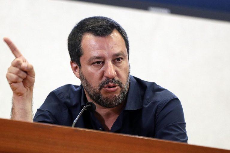 Σαλβίνι: Δεν θα μπουν νέοι φόροι- «Δεν ζητάμε χρήματα από την ΕΕ»