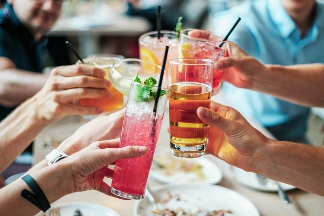 Οι Αμερικάνοι ξοδεύουν πάνω από 39 δισ. δολάρια σε «μεθυσμένο shopping»