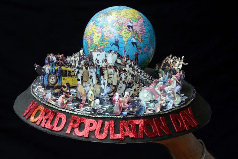 Τα 7,7 δισεκατομμύρια έφτασε ο πληθυσμός της Γης – Το 2050 θα αγγίξει τα 10 δισ.