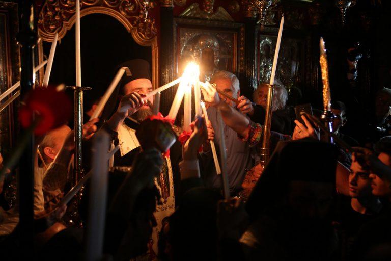 Η «Ανάσταση» των πολιτικών- Πού θα γιορτάσουν ο ΠτΔ και οι πολιτικοί αρχηγοί