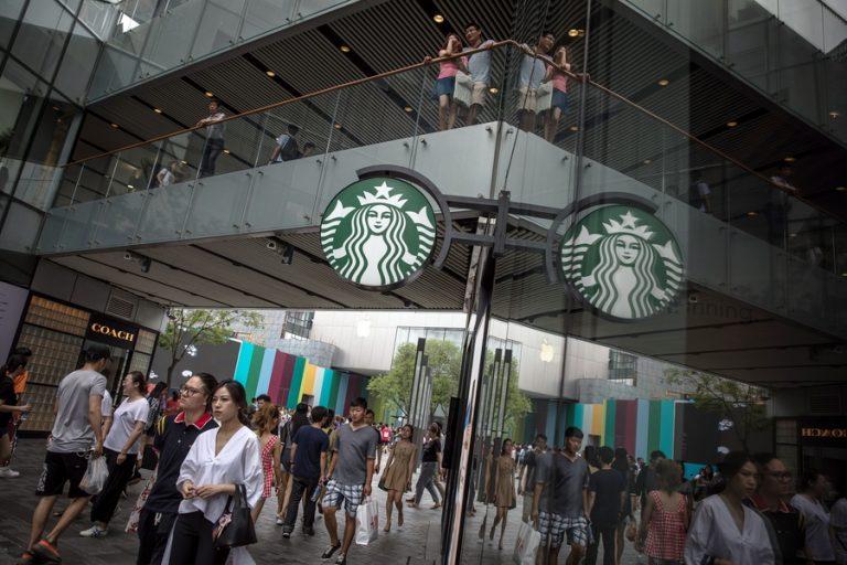 Η Κίνα θέλει να ανταγωνιστεί ακόμη και τα Starbucks. Και ο υποψήφιος έχει ήδη βρεθεί
