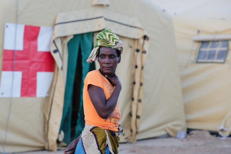 Ζιμπάμπουε: Οι νεκροί του κυκλώνα Ιντάι αναμένεται να ξεπεράσουν τους 1.000