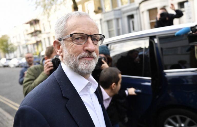 Συμφωνία για Brexit εντός τριμήνου και δημοψήφισμα υπόσχονται οι Εργατικοί