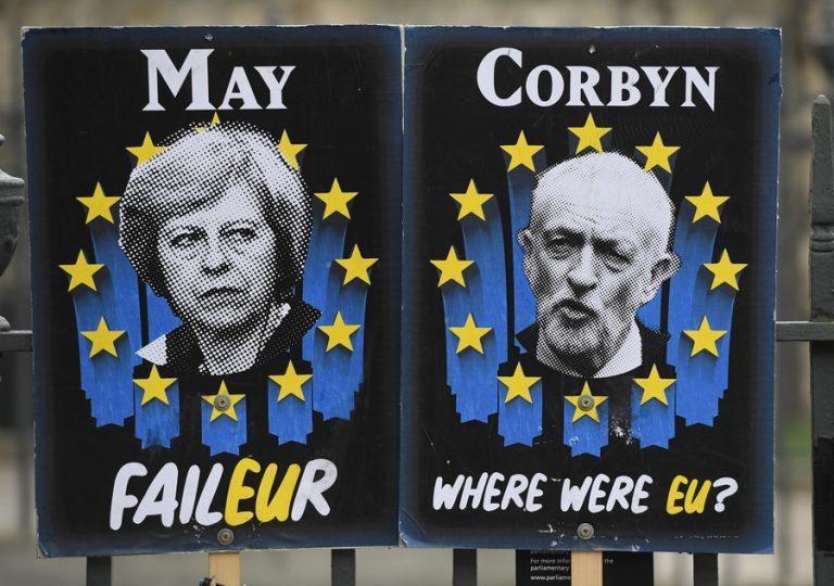 Συνεχίζονται οι διαπραγματεύσεις για το Brexit στο Λονδίνο – Υπό πίεση να θέσει ζήτημα νέου δημοψηφίσματος ο Κόρμπιν