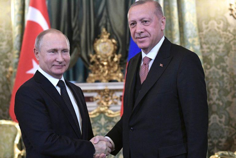 Άμεση προτεραιότητα του Πούτιν να πουληθούν οι S-400 στην Τουρκία