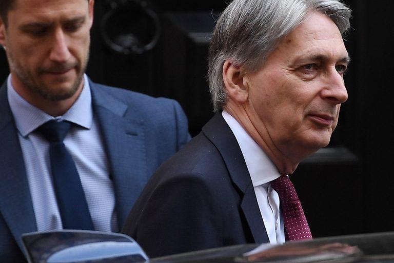 Βρετανός Υπουργός Οικονομικών: «Πολύ σημαντική αβεβαιότητα για τη μελλοντική τροχιά της οικονομίας» λόγω Brexit