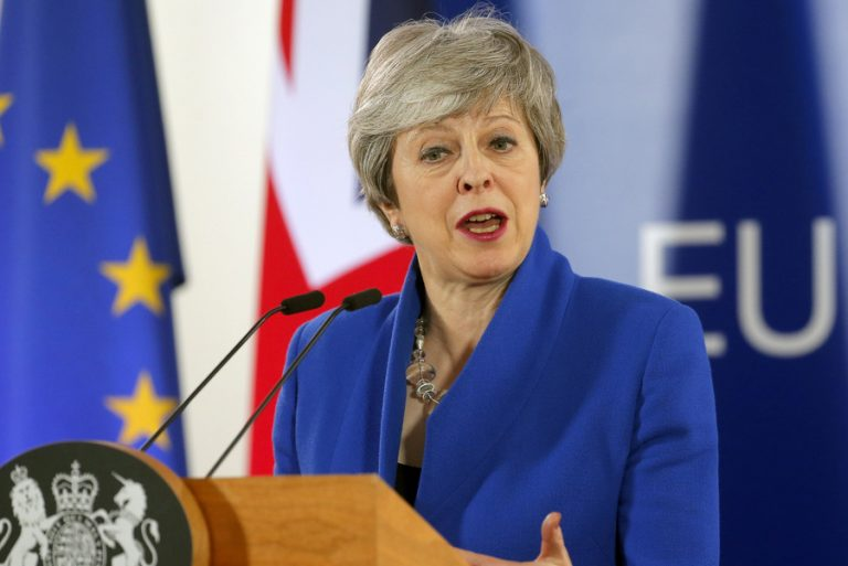 Όλα τα σενάρια του Brexit μετά τη νέα αναβολή που πήρε η Τερέζα Μέι