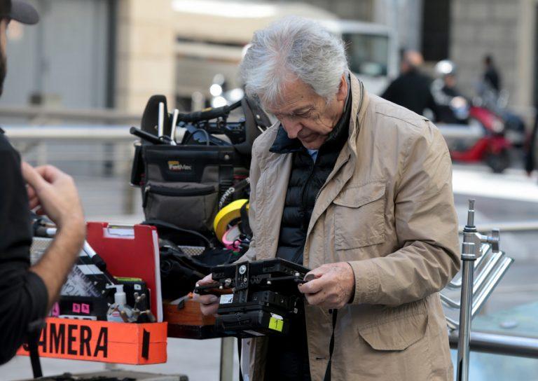 Ο Κώστας Γαβράς φέρνει Τσίπρα και Βαρουφάκη στη μεγάλη οθόνη – Δείτε φωτογραφίες και βίντεο