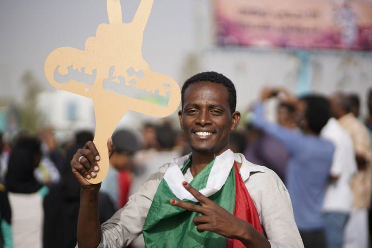 Συνελήφθη ο επί 30 χρόνια πρόεδρος του Σουδάν