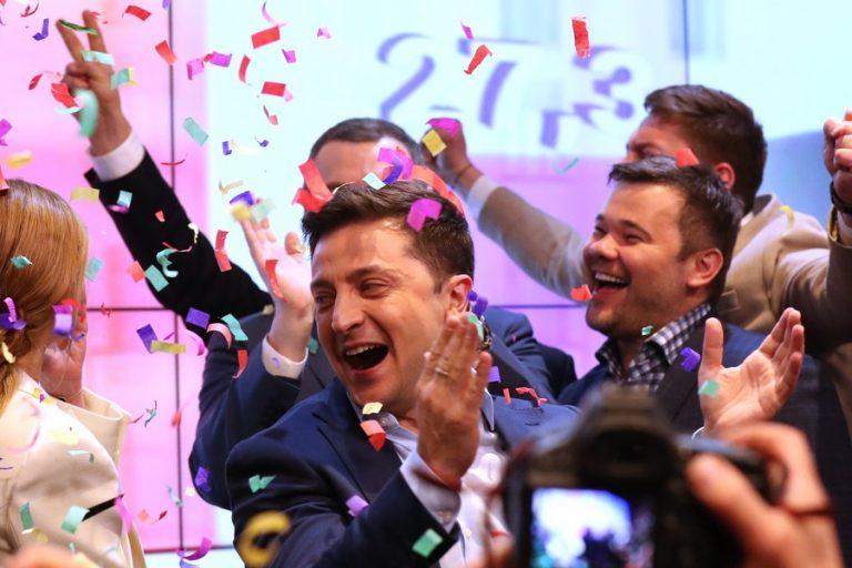 Προεδρικές εκλογές στην Ουκρανία: Νικητής των εκλογών ο κωμικός ηθοποιός Ζελένσκι