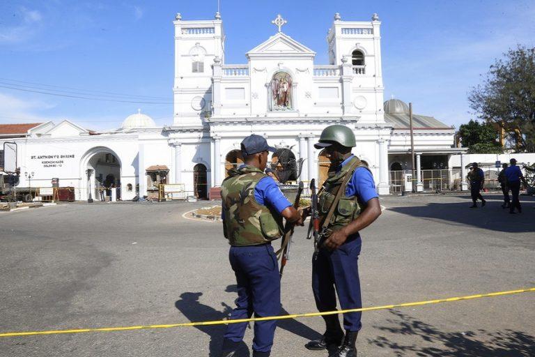 Παραιτήσεις αξιωματούχων και υψηλά μέτρα ασφαλείας στη Σρι Λάνκα στον απόηχο των τρομοκρατικών επιθέσεων