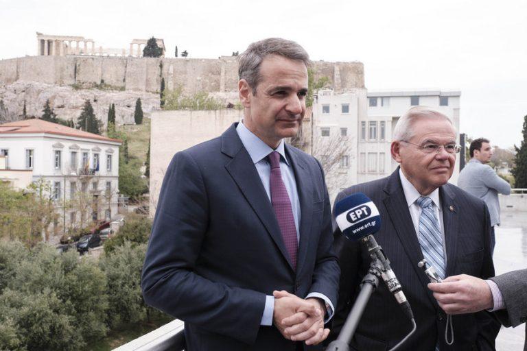 Η ενεργειακή και γεωπολιτική συνεργασία στην ανατολική Μεσόγειο στο επίκεντρο της συνάντησης Μητσοτάκη-Μενέντεζ