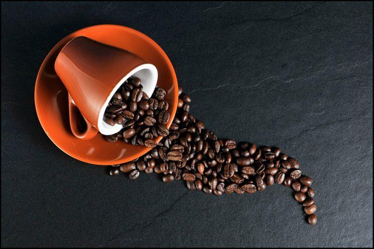 Πάνω από 5 δισ. κούπες καφές καταναλώνουν οι Έλληνες τον χρόνο: Πώς κινείται η αγορά